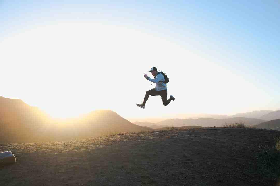 Comment faire un salto avant pour les débutants